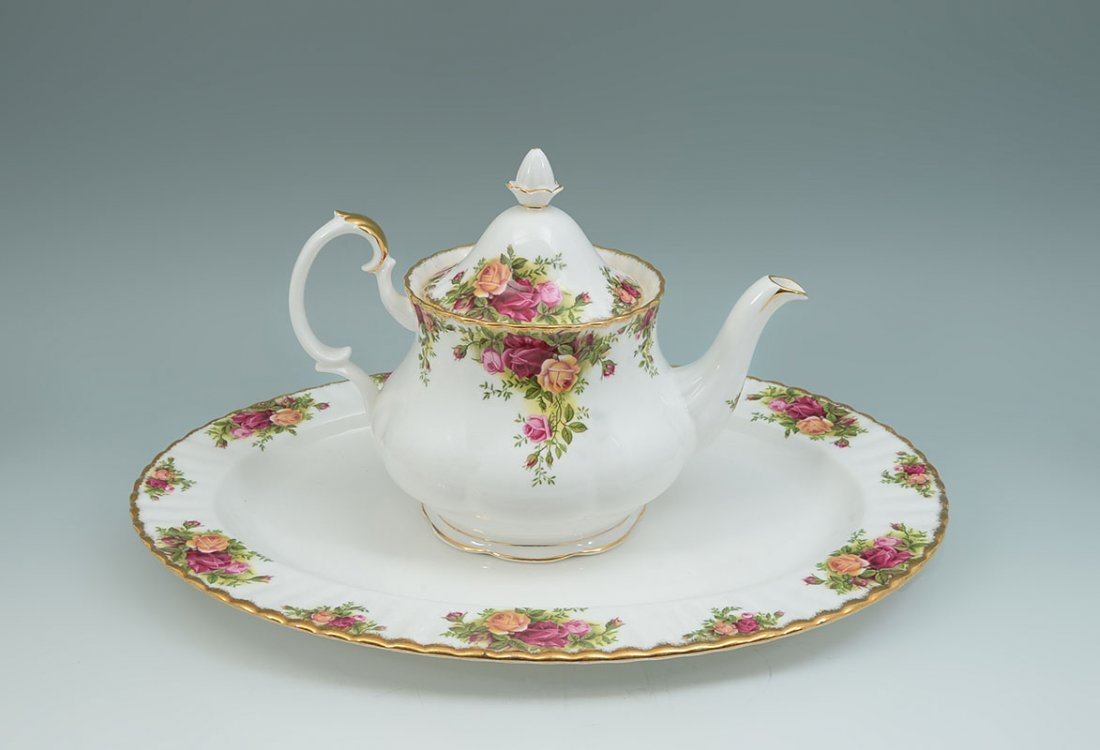 ROYAL ALBERT OLD COUNTRY ROSES TEA SERVICE - 5