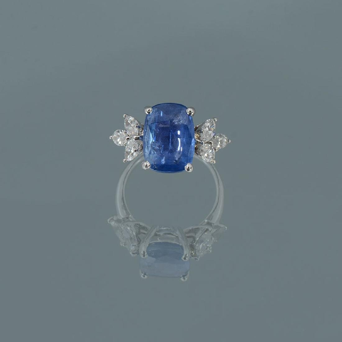 5.06CT BURMESE NO HEAT SAPPHIRE PLATINUM RING WITH