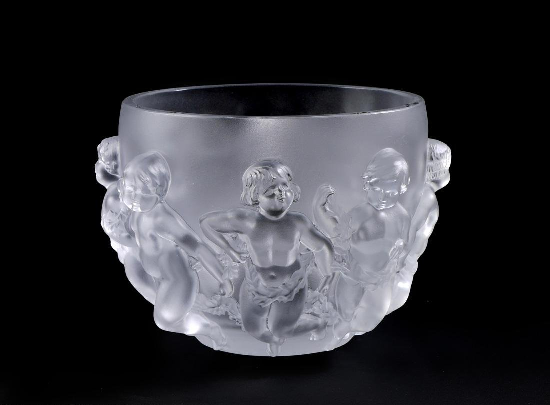 LALIQUE FROSTED LUXEMBOURG CENTER BOWL