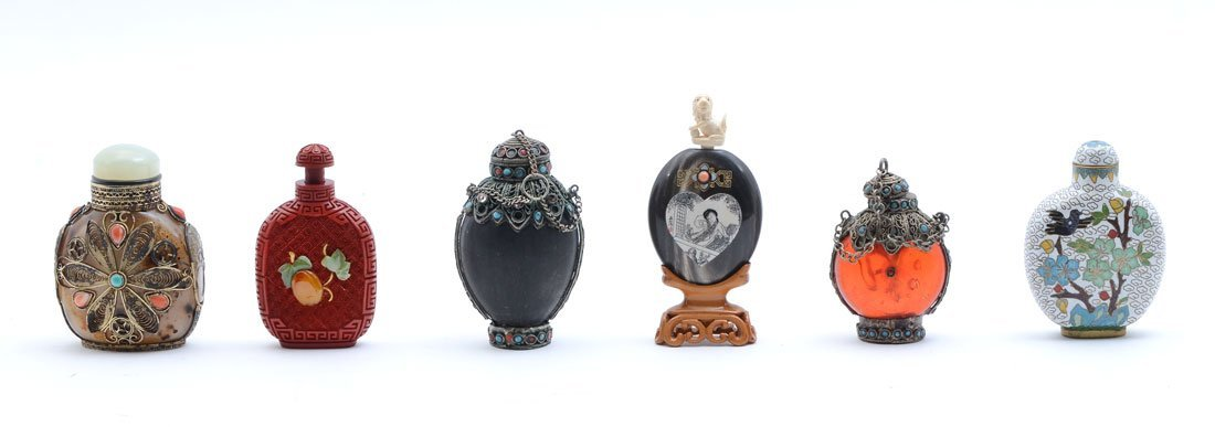 6 CHINESE SNUFF BOTTLES COLLECTION