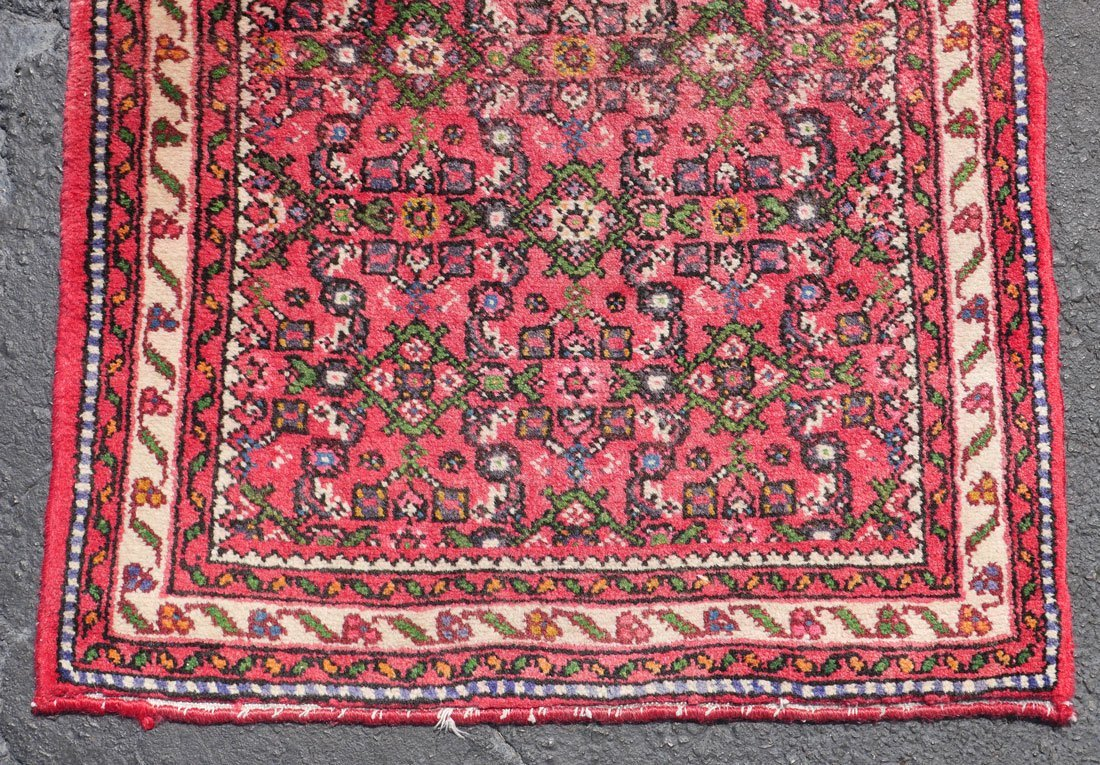 "PERSIAN DERGAZINE HK WOOL RUNNER, 2'5"" X 6'5"" - 5"