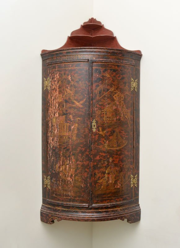 RED CHINOISERIE BOWFRONT HANGING CORNER CABINET