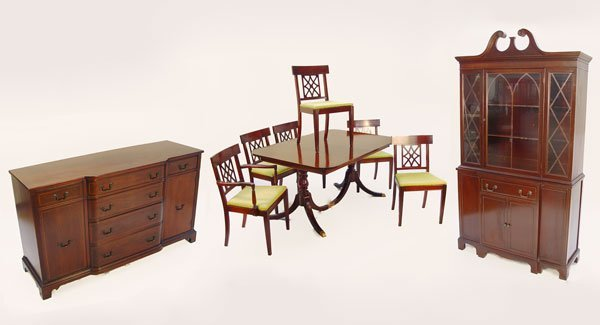 10: 9 PIECE MAHOGANY DINING SUITE