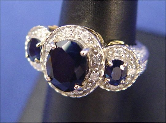 1153: 4.5ctw SAPPHIRE & DIAMOND RING 14K SZ7.25 6.6GR N