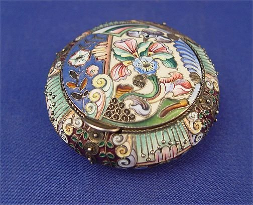 12: RUSSIAN SILVER ENAMELED BOX Moscow 1909-1917