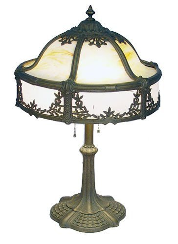 18: VINTAGE 1920'S LEADED GLASS LAMP