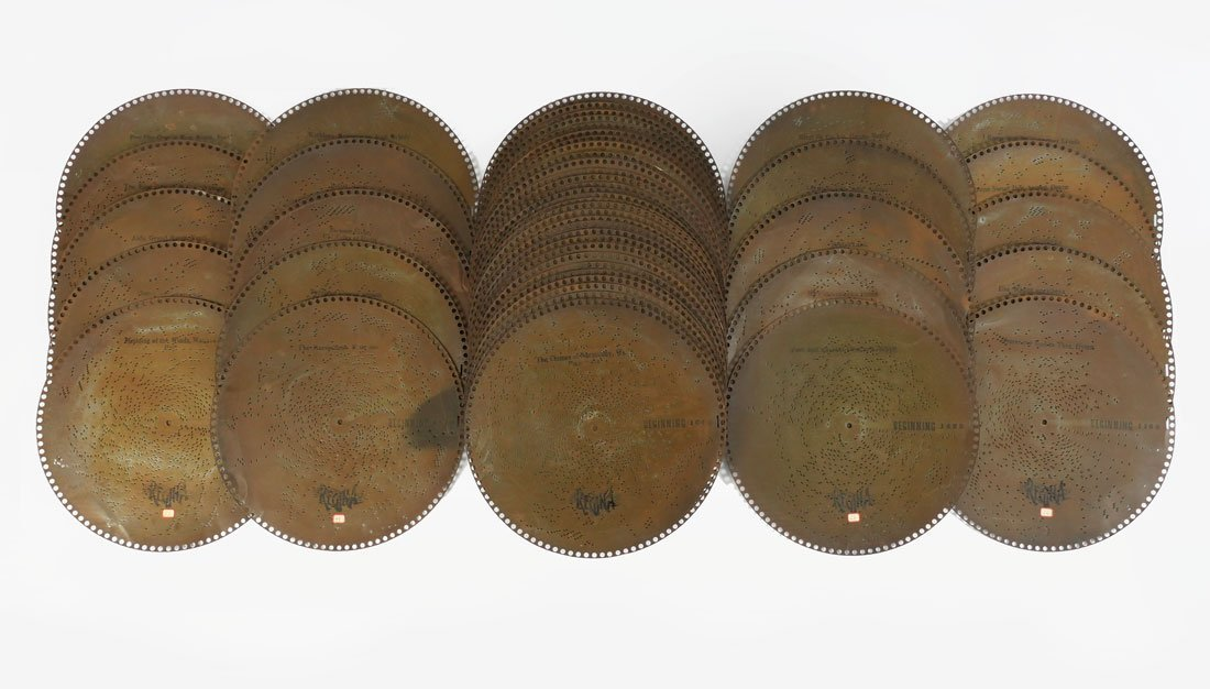 50 REGINAPHONE 15 1/2'' MUSIC BOX DISCS