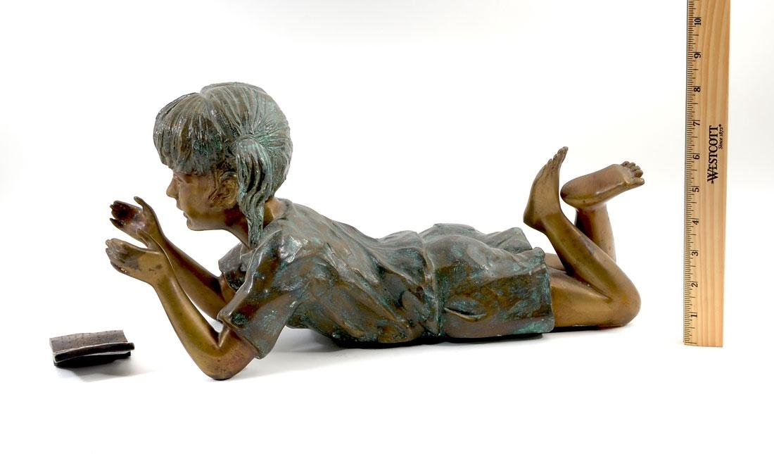BASSO VICINTINO BRONZE CHILD READING