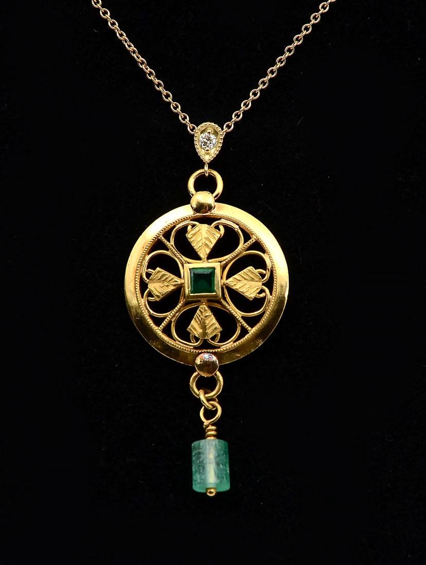 22K EMERALD PENDANT ON 18K VC&A CHAIN