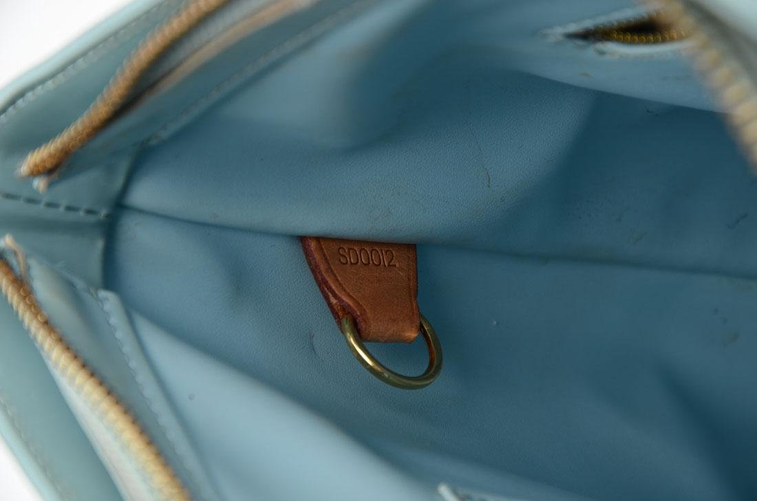 LOUIS VUITTON VERNIS HOUSTON BABY BLUE TOTE BAG - 2