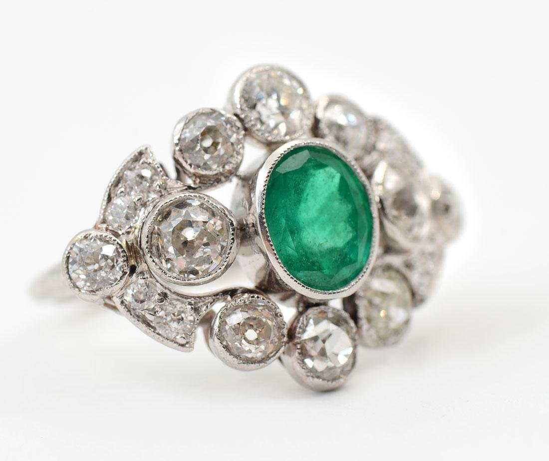 PLATINUM EDWARDIAN EMERALD & DIAMOND RING - 2