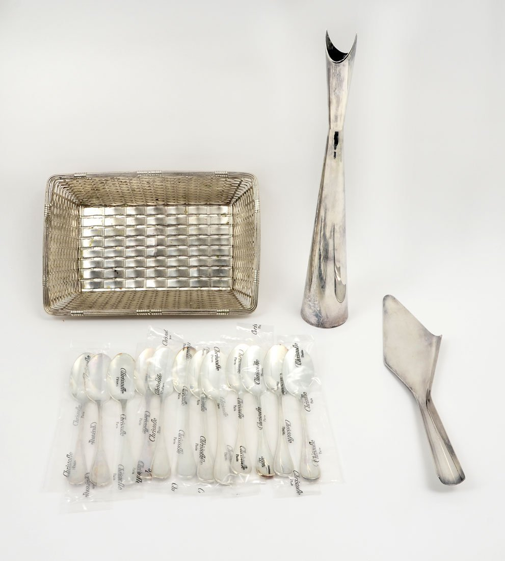 COLLECTION OF CHRISTOFLE SILVERPLATE ITEMS