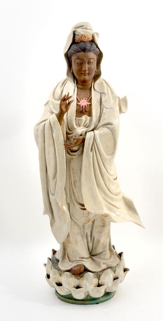 CHINESE GUANYIN PORCELAIN FIGURE