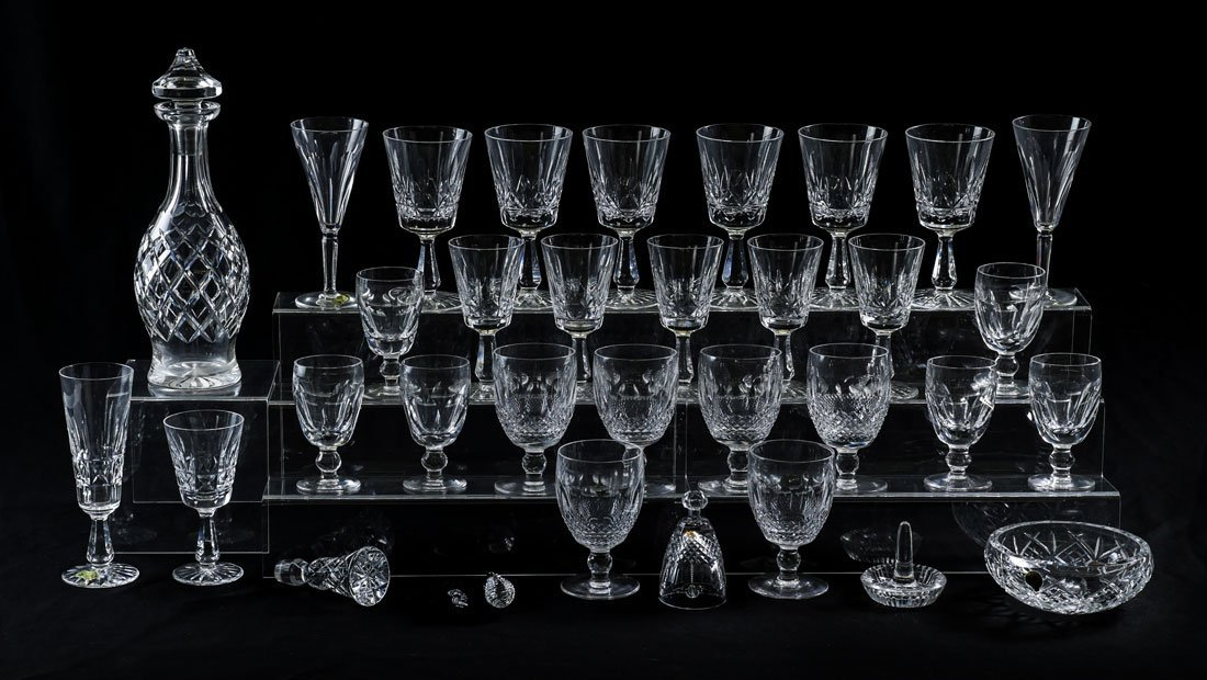AN ASSEMBELED COLLECTION OF WATERFORD CRYSTAL