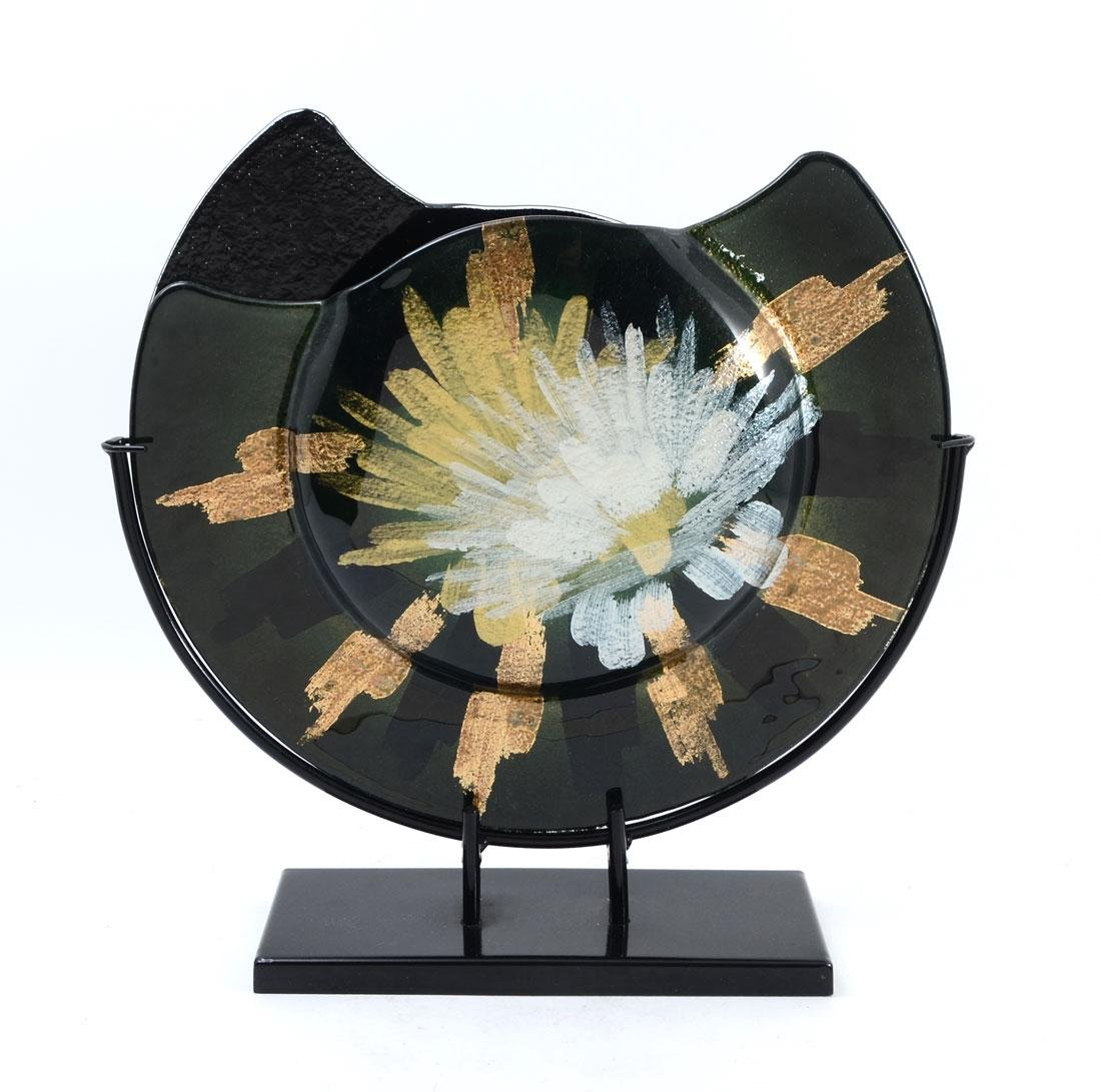 CONTEMPORARY GLASS CHARGER WITH STAND