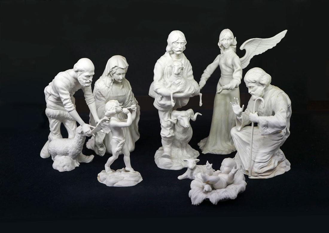 8 PIECE BOEHM PORCELAIN NATIVITY SET