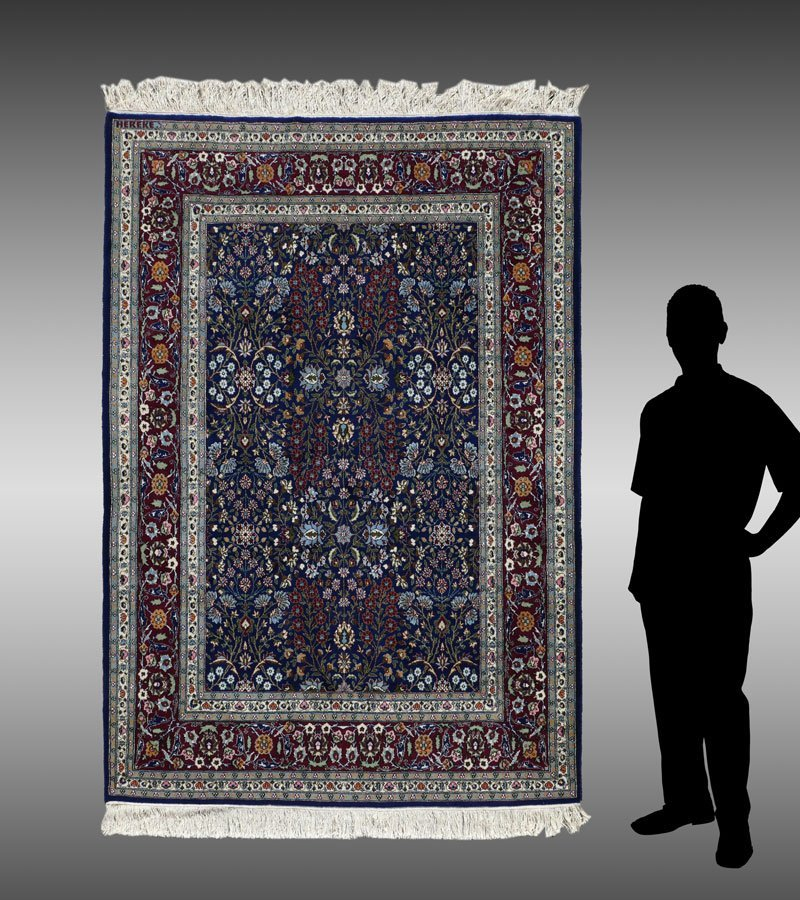 OLD TURKISH HEREKE HK WOOL RUG, 5' X 7'