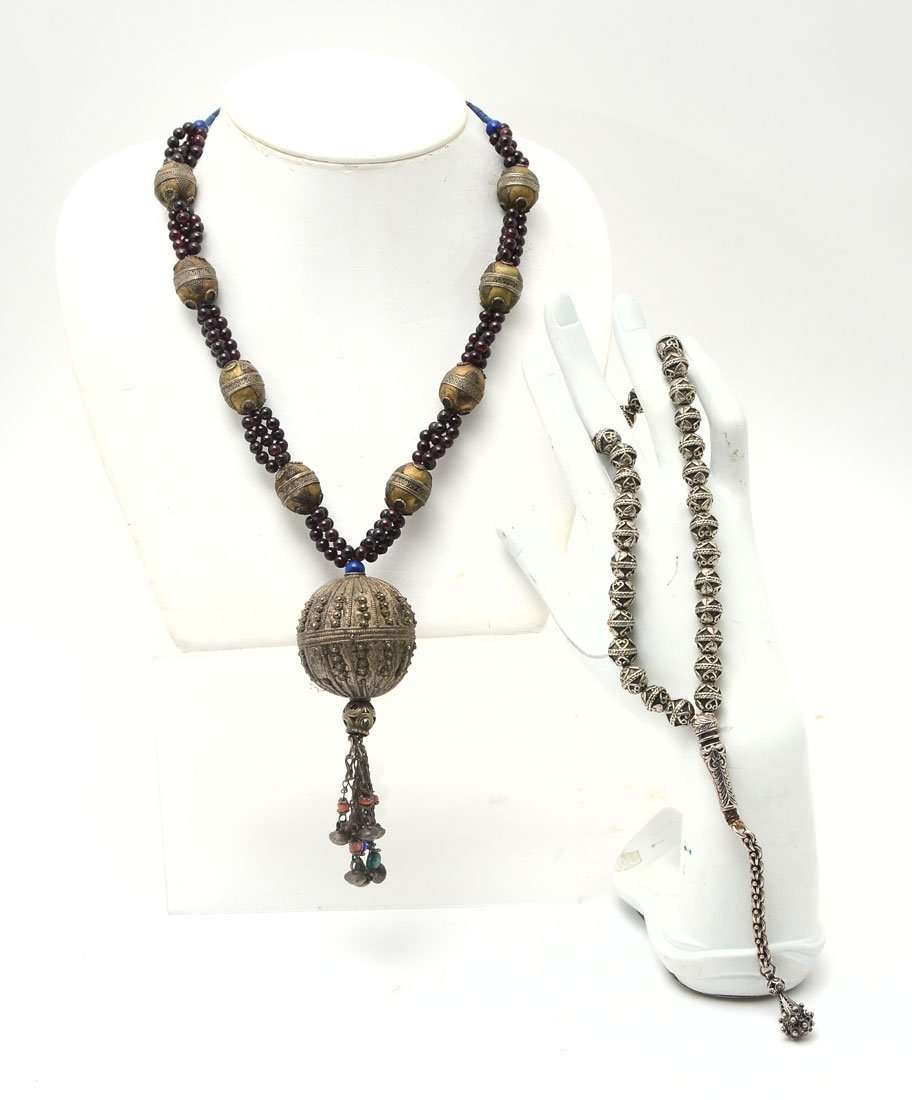 SILVER PRAYER BEADS AND SILVER NECKLACE WITH GARNET