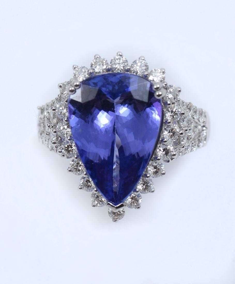 6.3OCT TANZANITE & DIAMOND RING IN PLATINUM