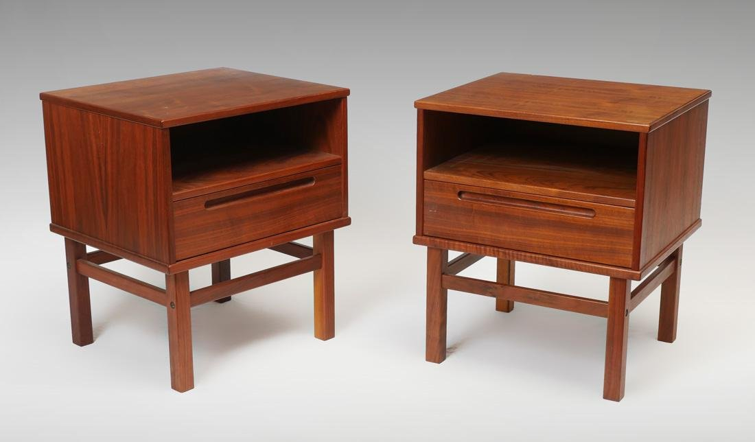 PAIR MID CENTURY MODERN TEAK END TABLES