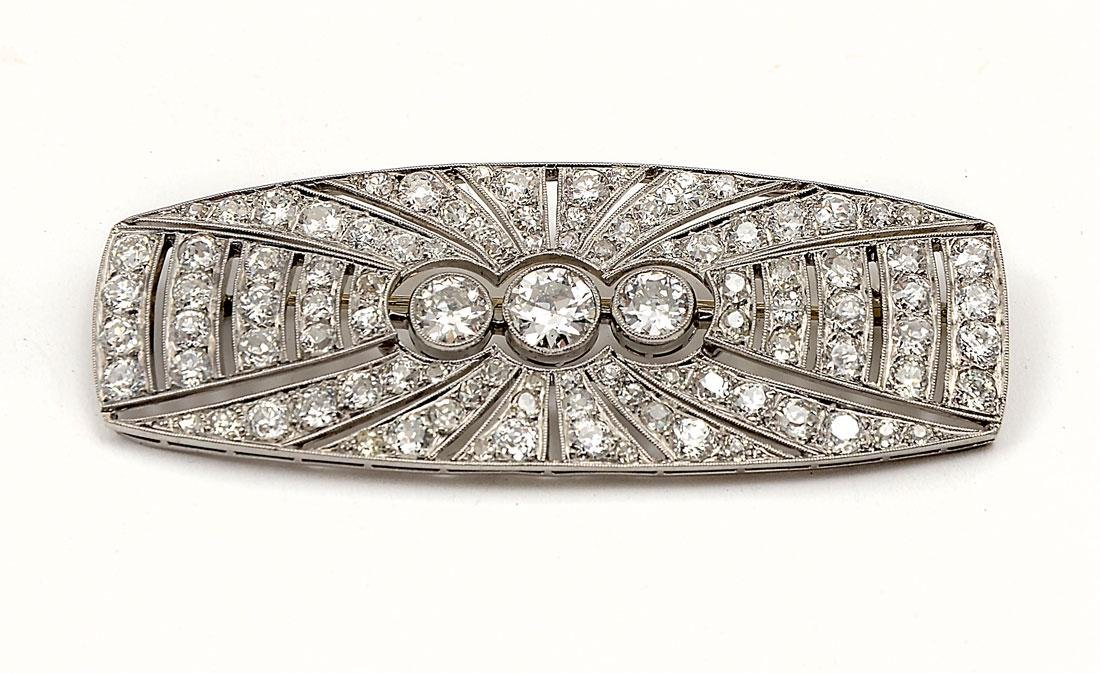 IMPRESSIVE PLATINUM & 7.40 CTW DIAMOND ART DECO BR