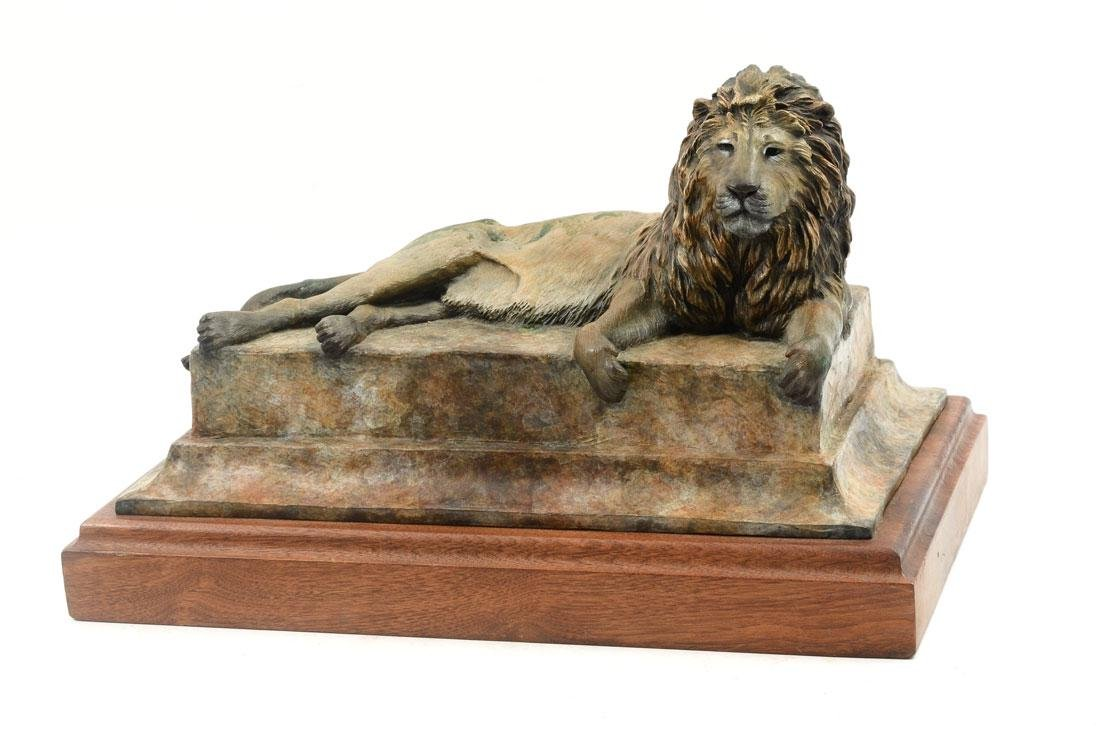 SAM TERAKEDIS LION BRONZE
