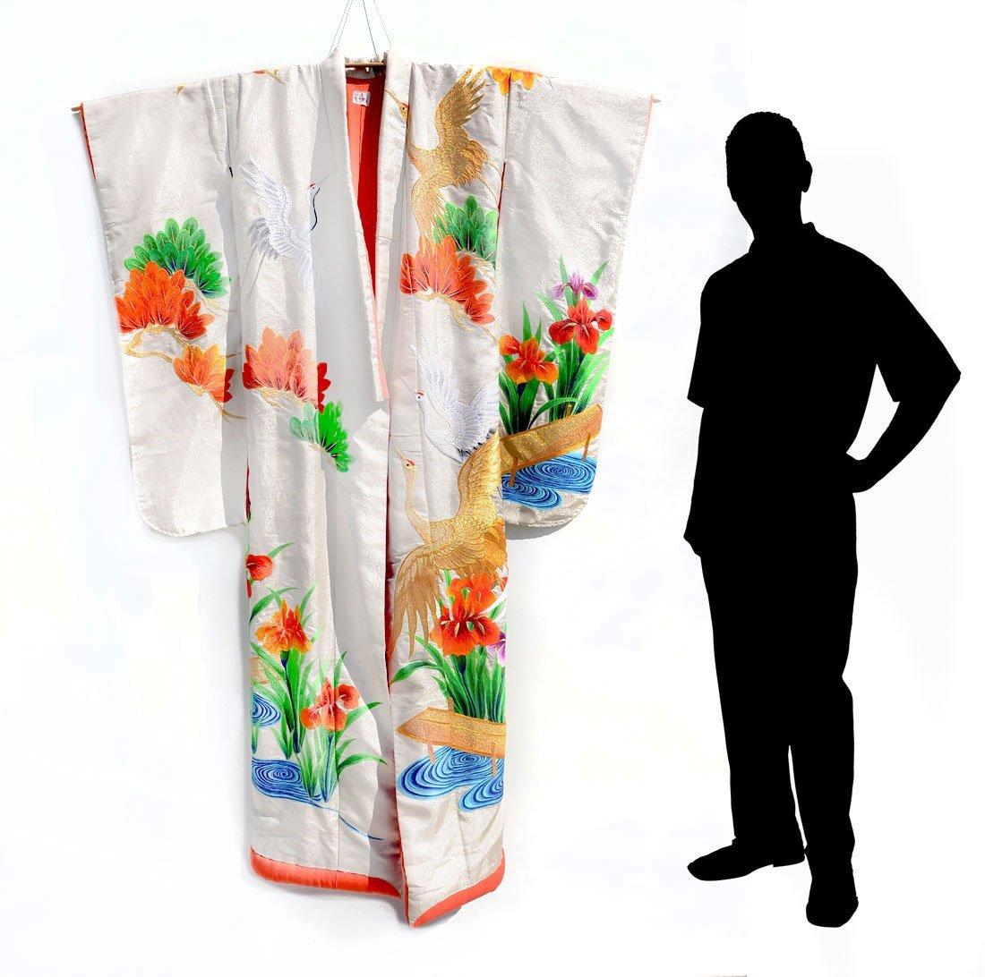 MID-CENTURY JAPANESE SILK CEREMONIAL KIMONO