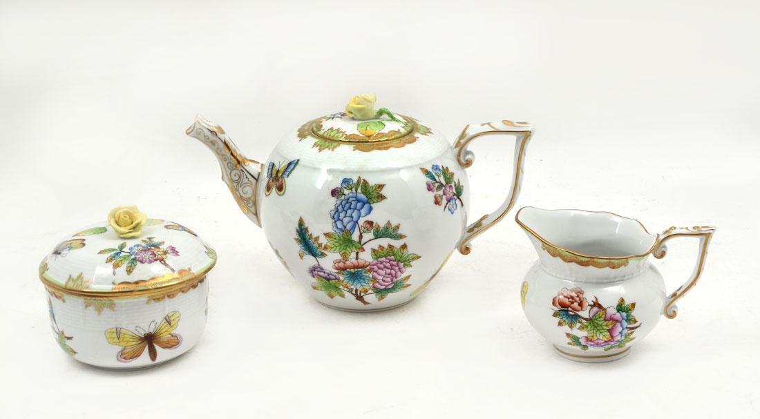 HEREND QUEEN VICTORIA 3-PIECE TEA SET