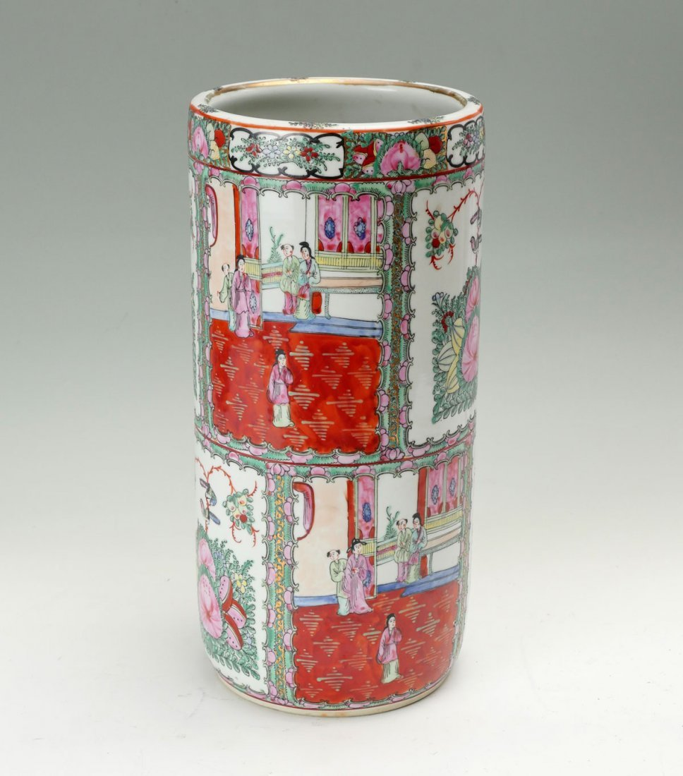 LARGE CHINESE FAMILLE ROSE HAT/UMBRELLA STAND