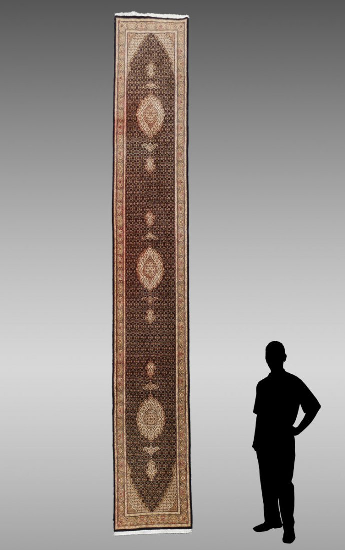 "INDO-PERSIAN HK WOOL RUNNER, 2'9"" X 16'3"""