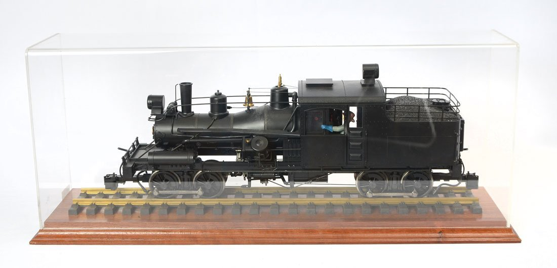 G SCALE CASED BACHMANN SPECTRUM TRAIN ENGINE
