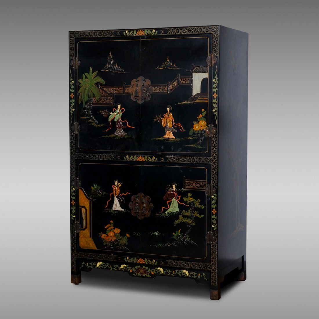 BLACK LACQUERED CHINESE FIGURAL CABINET