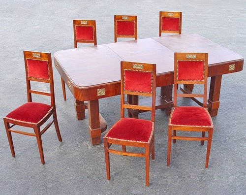 23: GOTHIC REVIVAL DINING TABLE AND 6 RED VELVET CHAIRS