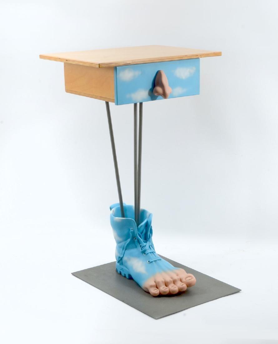 FOOT ART SIDE TABLE