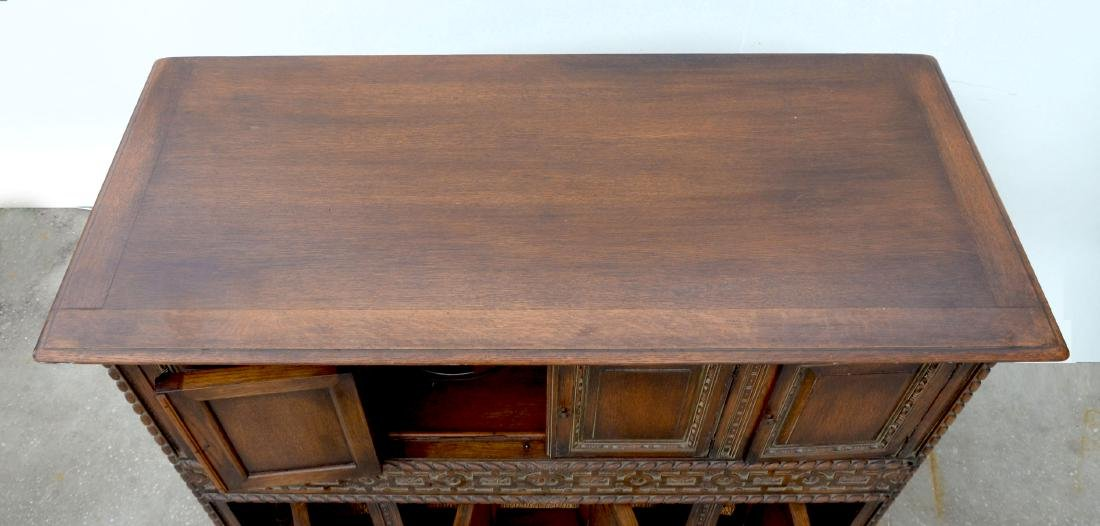 LARGE CAPEHART RECORD/STEREO PLAYER - 5