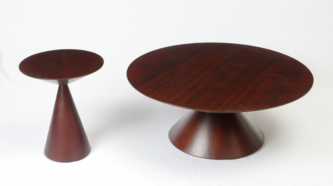 MODERN ROUND COCKTAIL TABLE & MATCHING LAMP TABLE