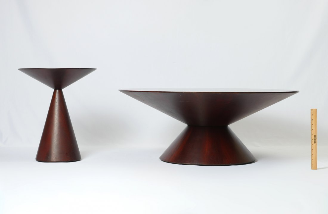 MODERN ROUND COCKTAIL TABLE & MATCHING LAMP TABLE - 3