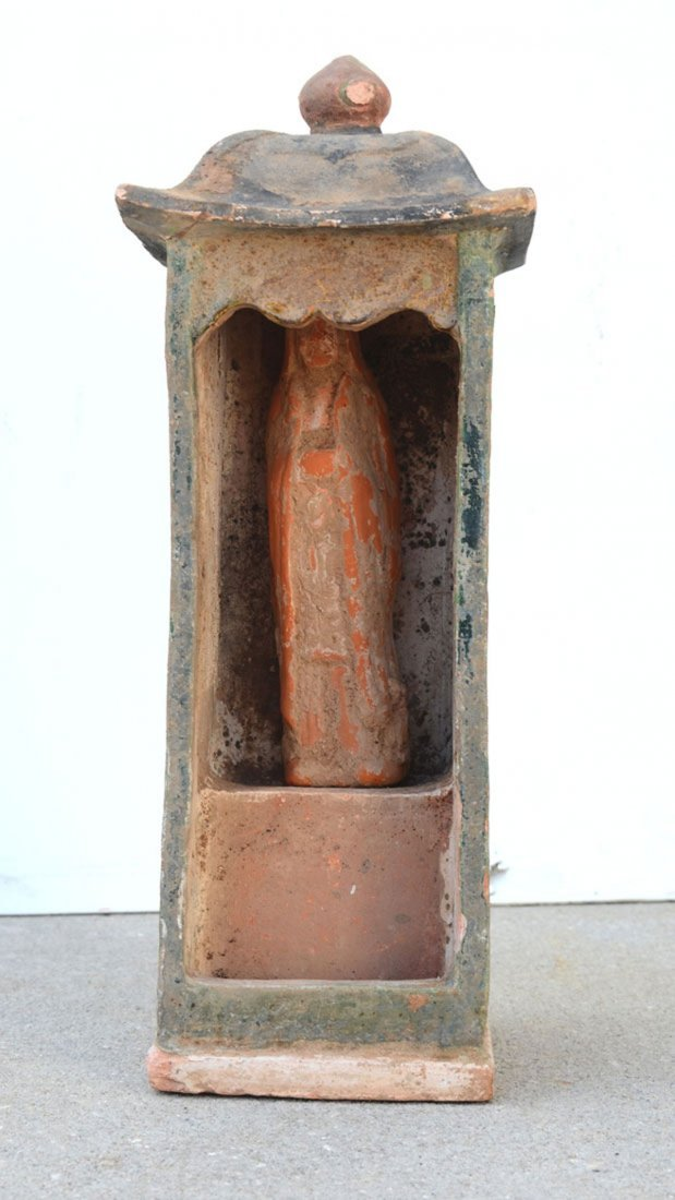 CHINESE TERRACOTTA TOMB EFFIGY AND ALTAR - 2