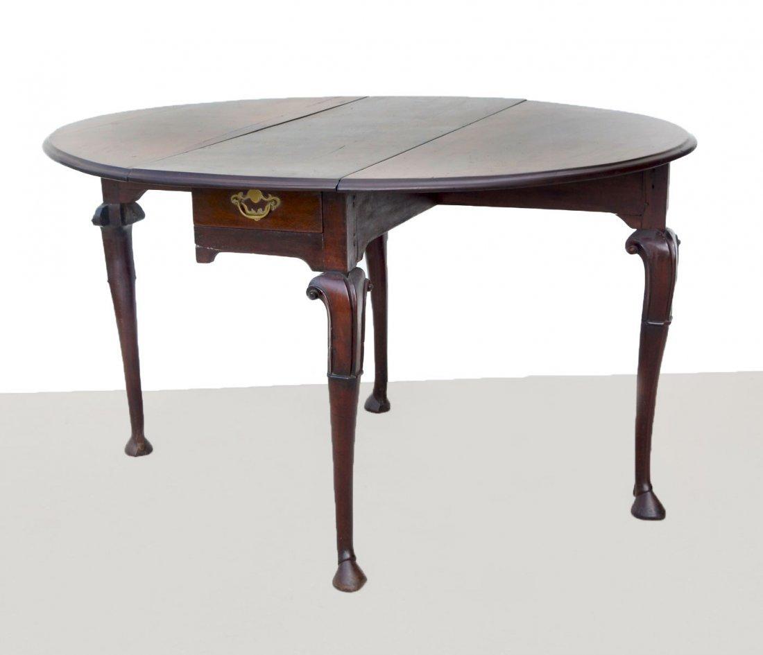 18TH CENTURY DUTCH QUEEN ANNE MAHOGANY DROP-LEAF TABLE