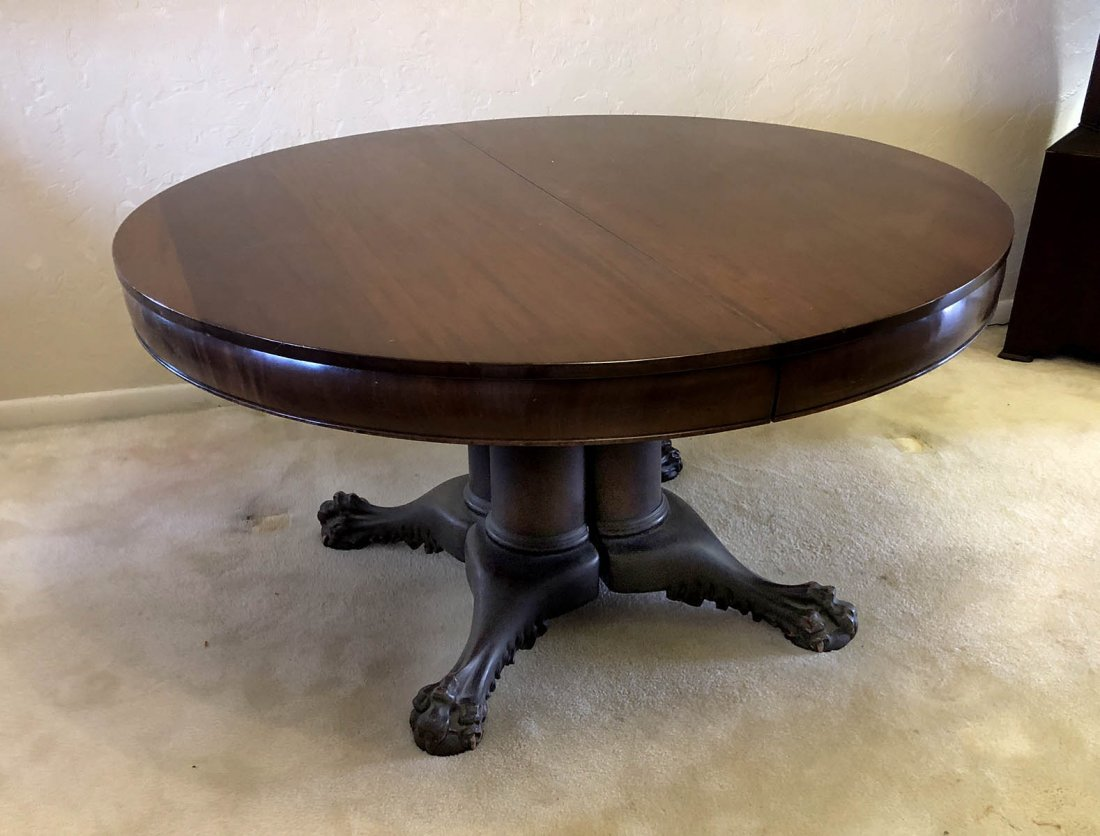 HORNER QUALITY CARVED MAHOGANY DINING TABLE