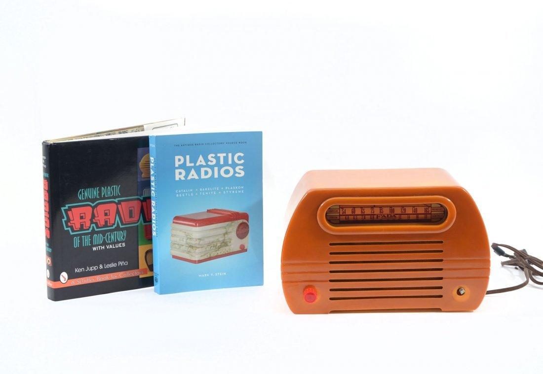 FADA 659 TEMPLE BUTTERSCOTCH RADIO AND 2 BOOKS