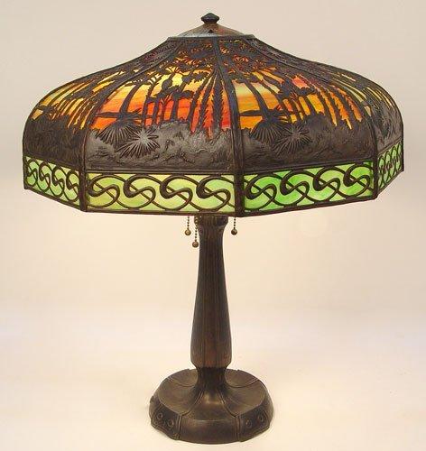 1095: HANDEL PALM TREE METAL OVERLAY TABLE LAMP