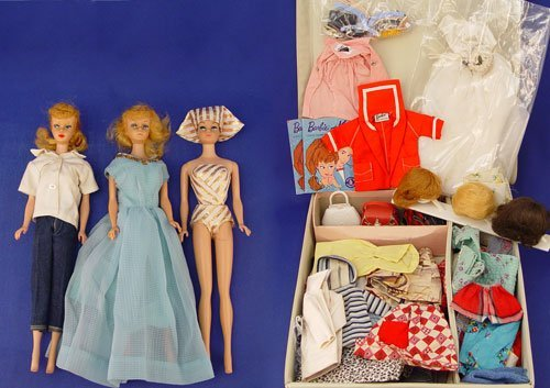 1499: LOT EARLY BARBIE DOLLS WITH CLOTHES, ACCESSORIES