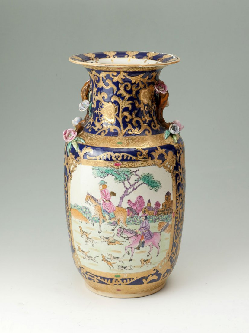 CHINESE ENGLISH EXPORT FIGURAL VASE