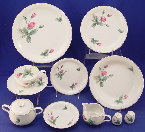 442: 61 pc ROSENTHAL CHINA SERVICE FOR 8  Pink Rose