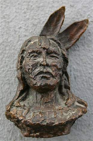 EARLY AMERICAN INDIAN BRONZE BUST