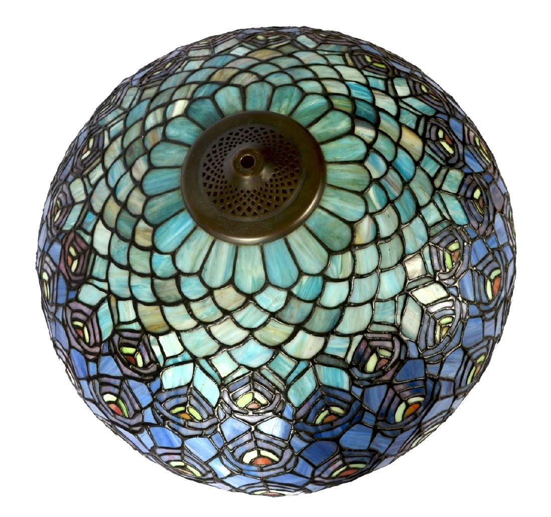 TIFFANY STYLE SLAG GLASS TABLE LAMP - 4