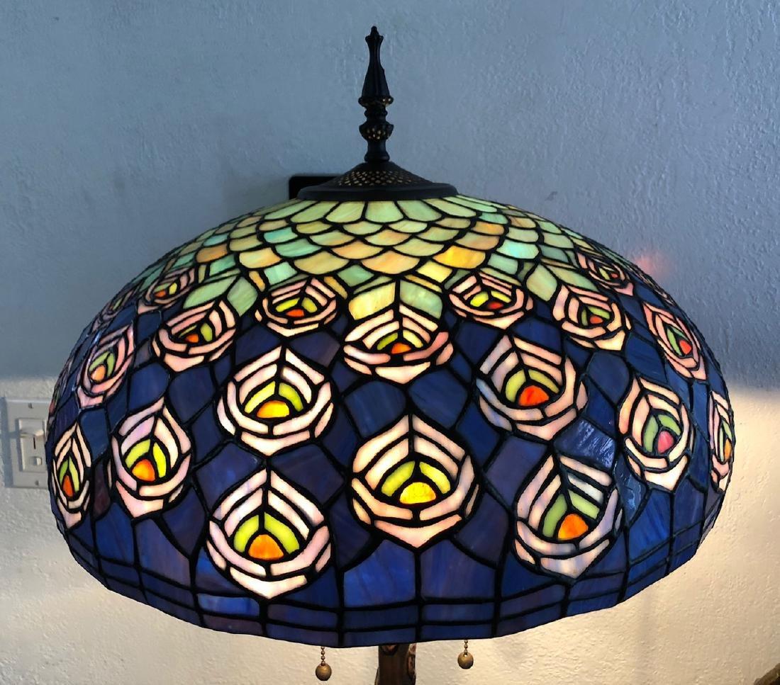 TIFFANY STYLE SLAG GLASS TABLE LAMP - 6
