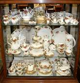 LARGE COLLECTION OF ROYAL ALBERT CHINA ''OLD COUNTR