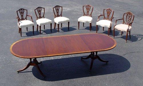 1008:BEACON HILL  MAHOGANY DINING TABLE  6 CHAIR S